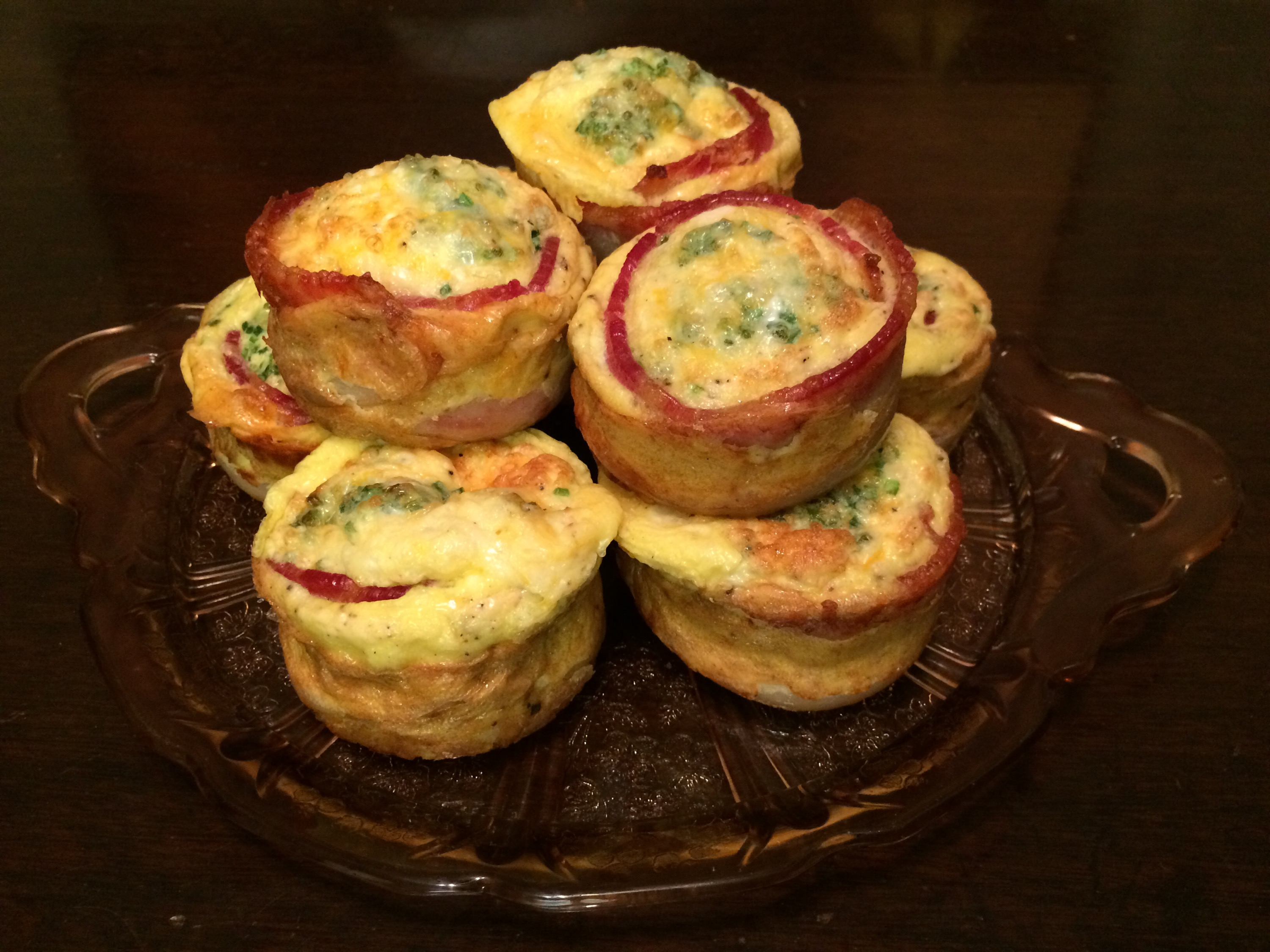 Mini breakfast casseroles with bacon and chives